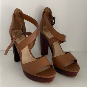 Vince Camuto Hells